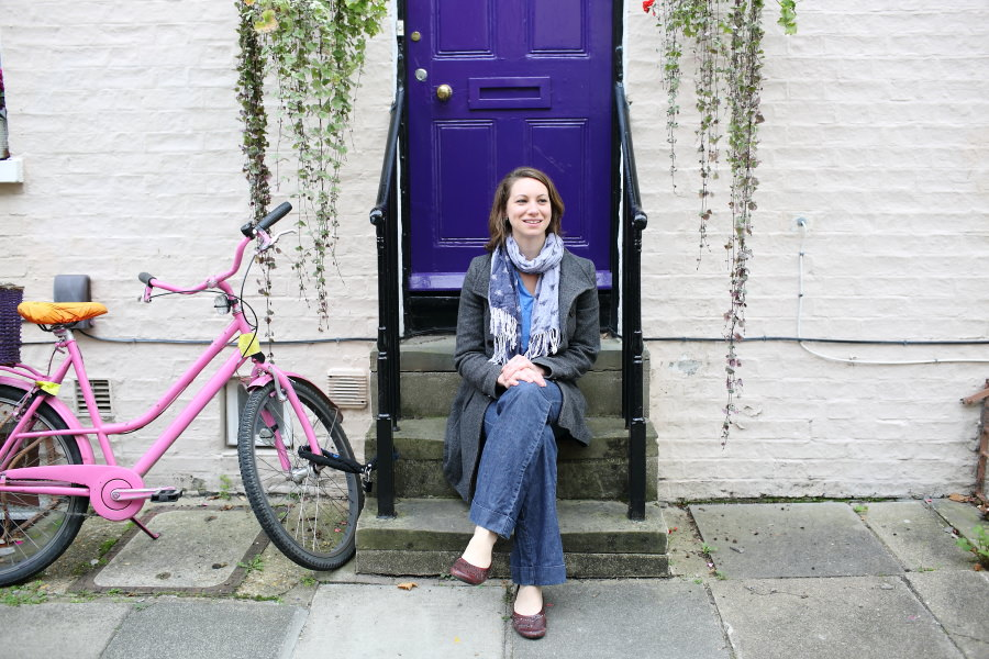 purple door and pink bike at cambridge photo shoot