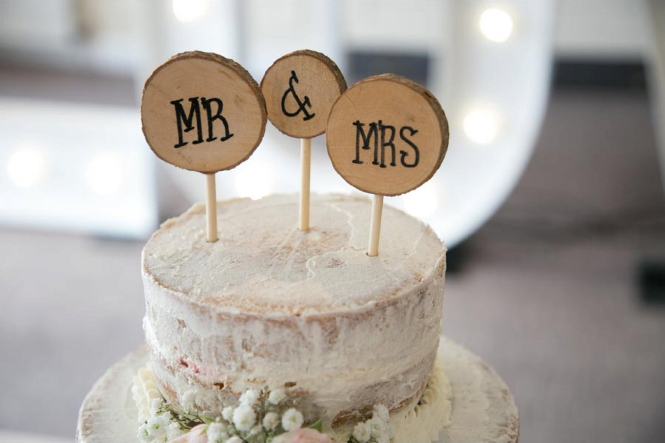 wooden cake toppers at stoke by nayland wedding