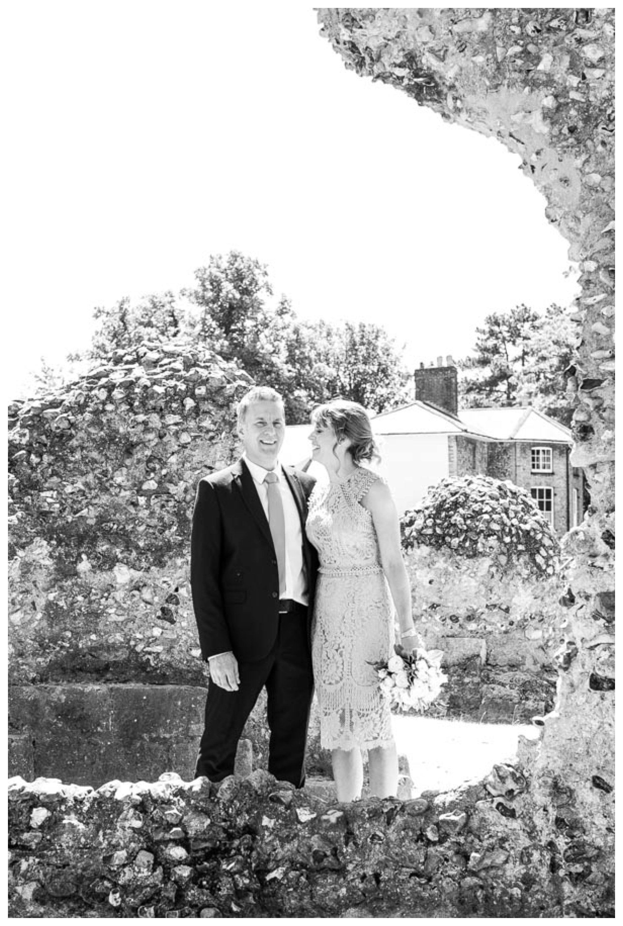 bride and groom at abbey gardens, bury st edmunds suffolk