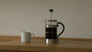 MS TIMELAPSE OF A FRENCH PRESS AND COFFEE CUP