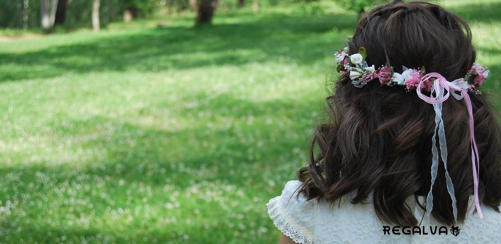 Peinados de comunion con flores