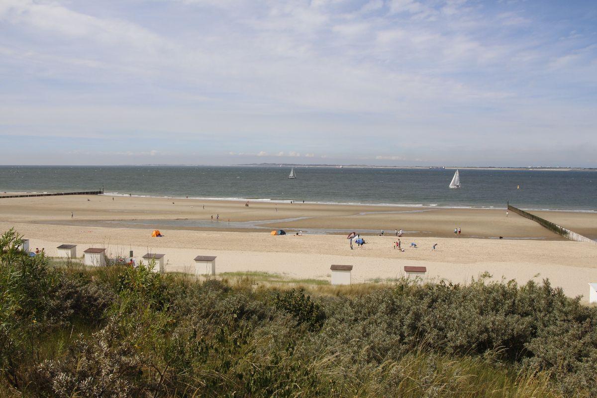 Die Größe des Strandes wird erst von oben richtig sichtbar