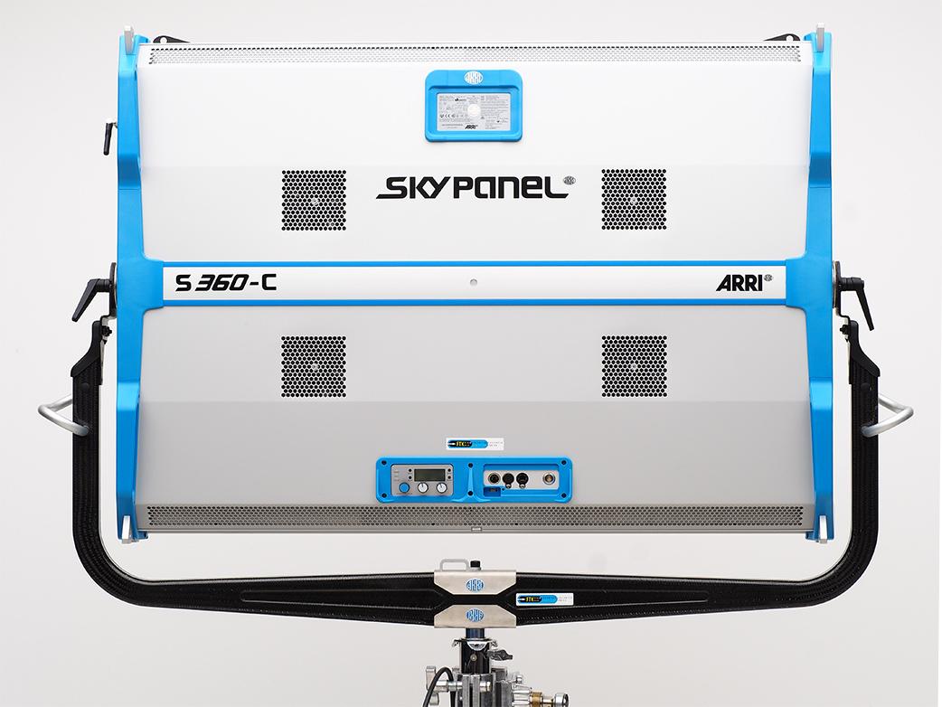 SkyPanel-S360_3.jpg