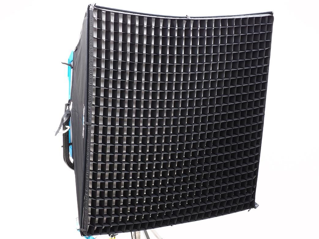 SkyPanel-S360-Grid.jpg