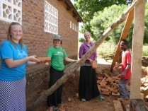 Verde-Valley-School-students-and-teacher-Janae-help-with-building-the-girls-hostel-at-Pemphero-School-blog-209x157.jpg