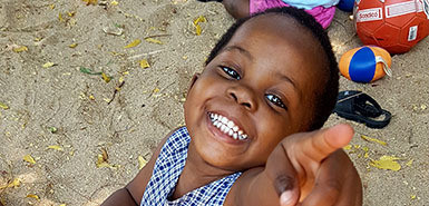 picture of little girl in malawi