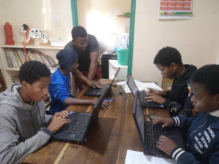 online learning in malawi