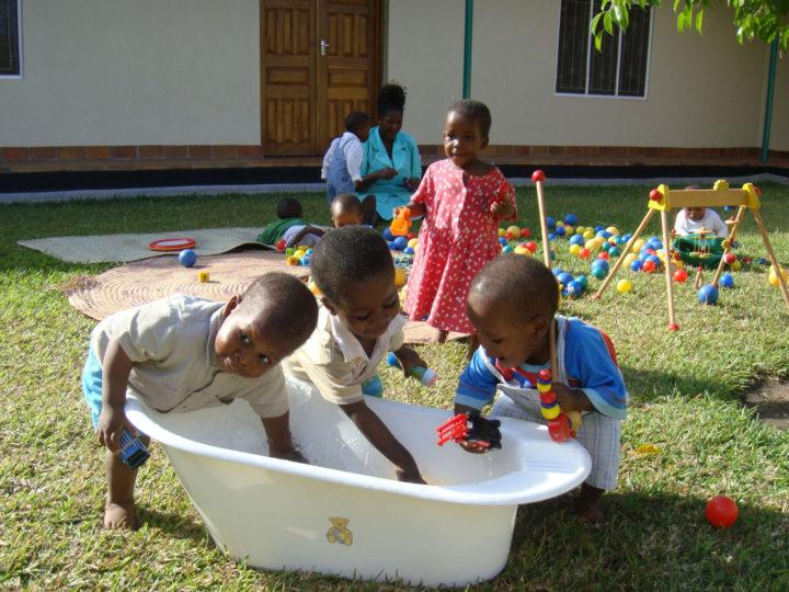 mangochi-water-play.jpg