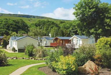 Do you pay council tax on a holiday home or static caravan at a holiday park?