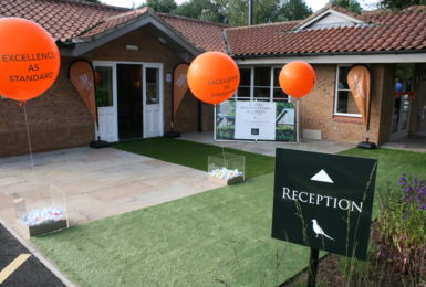 Sir Greg Knight opens Allerthorpe Golf & Park Retreat