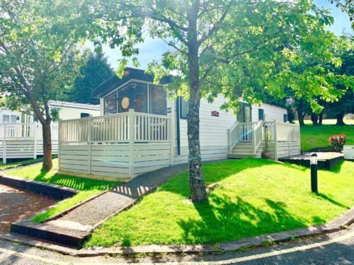 2019 Carnaby Helmsley Lodge