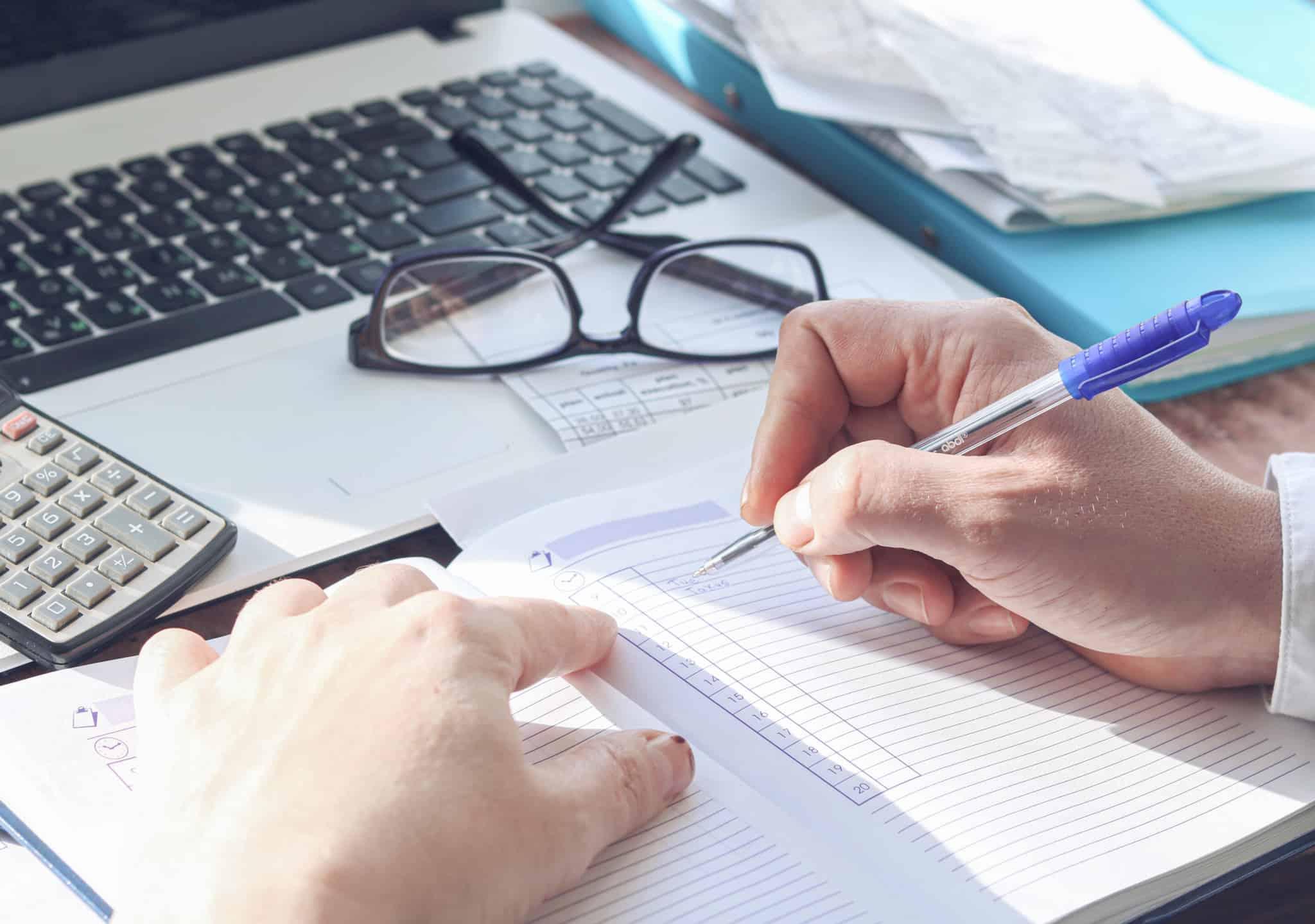 benefícios fiscais gestão financeira papeis calculadora
