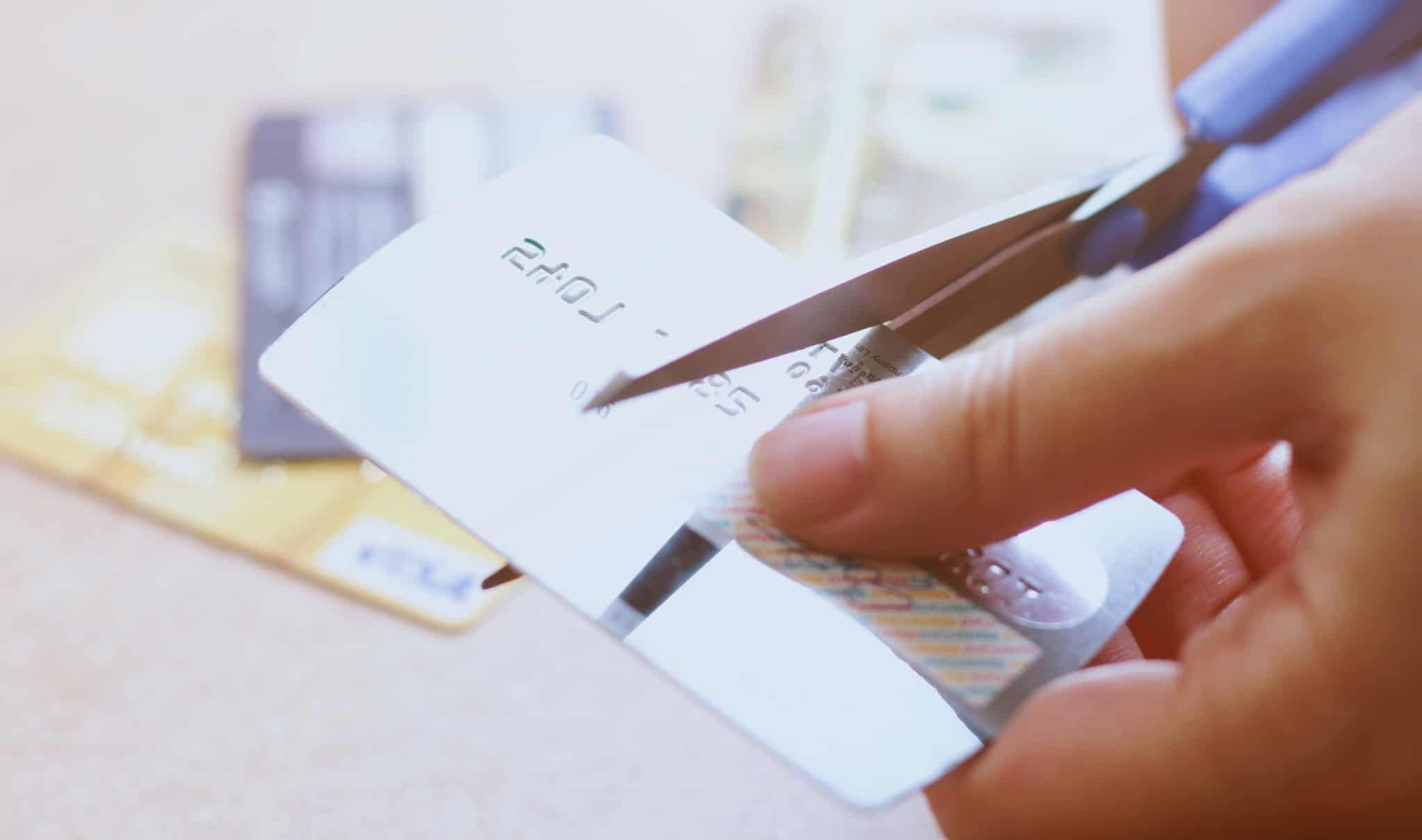 Cortar o cartão de crédito