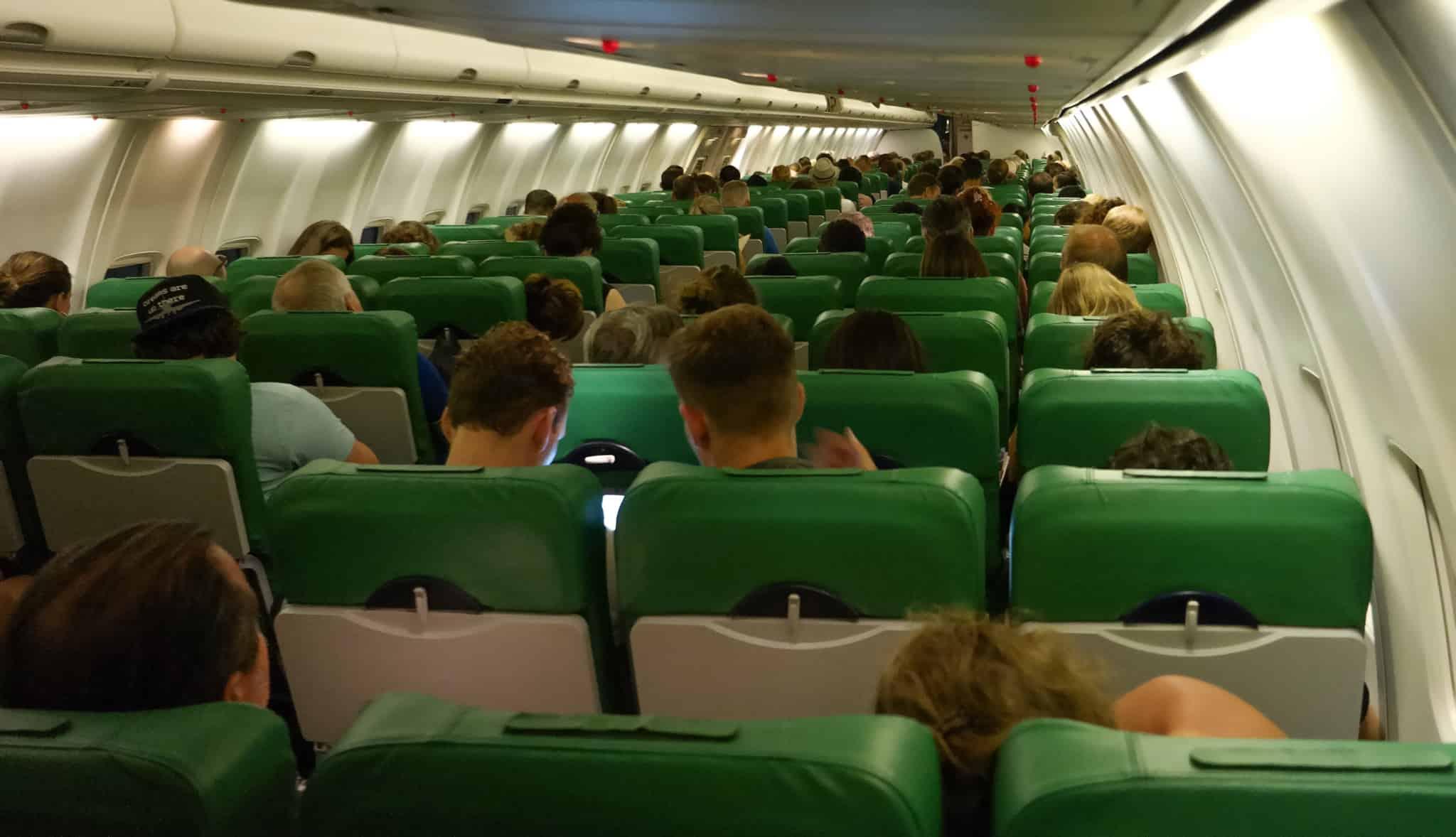 passageiros-em-avião