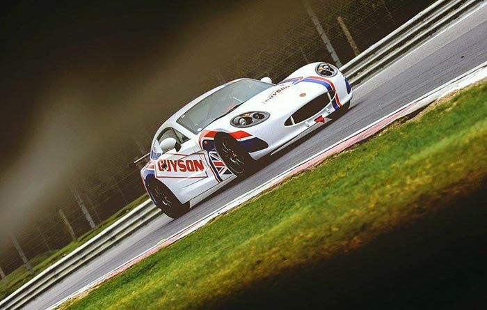 Team Guyson Ginetta - Brands Hatch