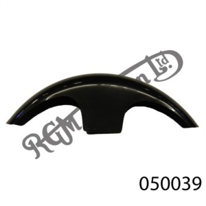 "FRONT FIBREGLASS MUDGUARD, CAFÉ RACER TYPE IN BLACK FOR 7"" YOKES"