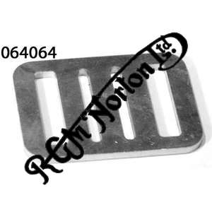 BATTERY STRAP BUCKLE, LATE COMMANDO WITH LEFT TO RIGHT BATTERY