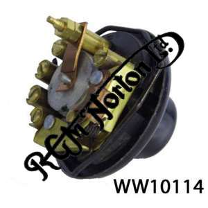 VERY EARLY HEADLAMP SWITCH (SINGLES) (REPLICA OF LUCAS U39 SWITCH)