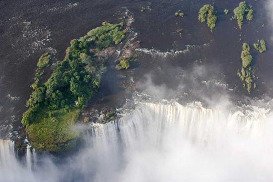Zambia is a pristine country of unspoiled landscapes, spectacular natural wonders, rich culture and diverse wildlife