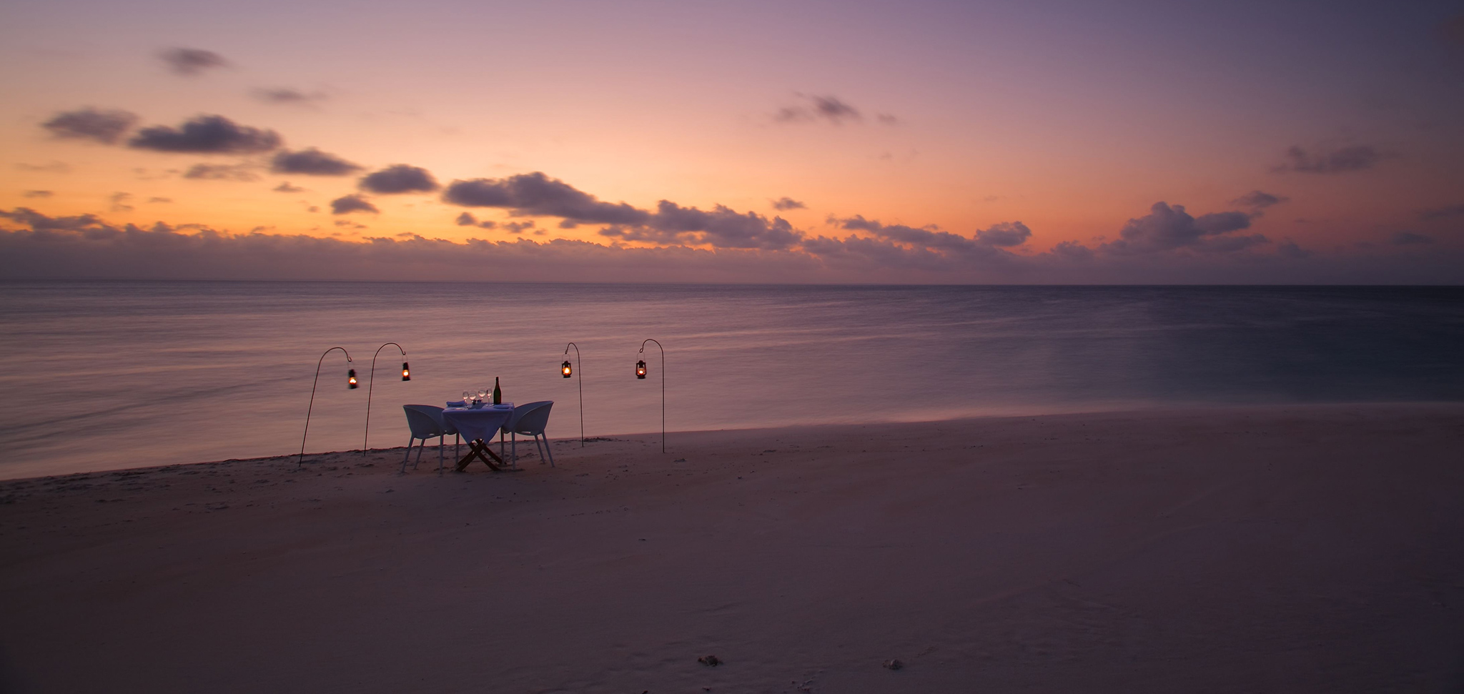 Mozambique-Azura-private-dinner-beach