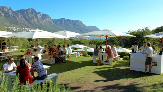 Rumbullion lawns for meals in Cape Town