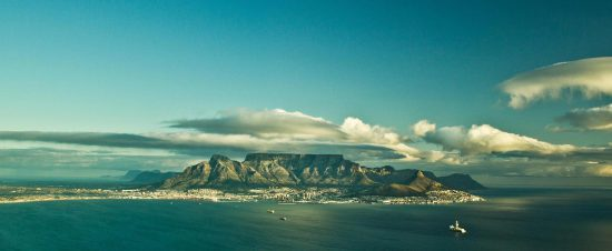 view of world wonder table mountain-things-to-do-in-Cape-Town