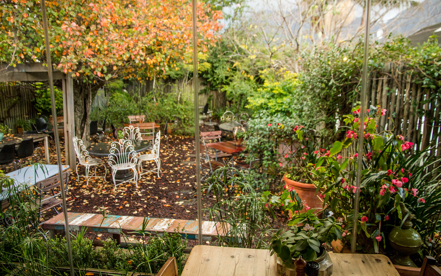 Starlings courtyard perfect for outdoor breakfast