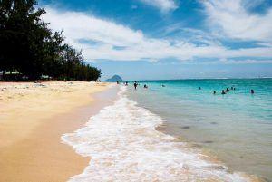 Flic-en-flac, en la isla Mauricio, cuenta con una de las mejores playas de África