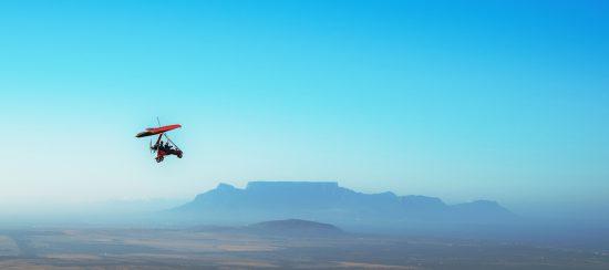 Vol au dessus du Cap et vue depuis le ciel de Table Mountain.