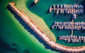 Vue aérienne d'un port protégé par un dolosse, Afrique du Sud