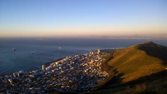 Quartiers Cape Town | Sea Point logé entre Signal Hill et l'Atlantique