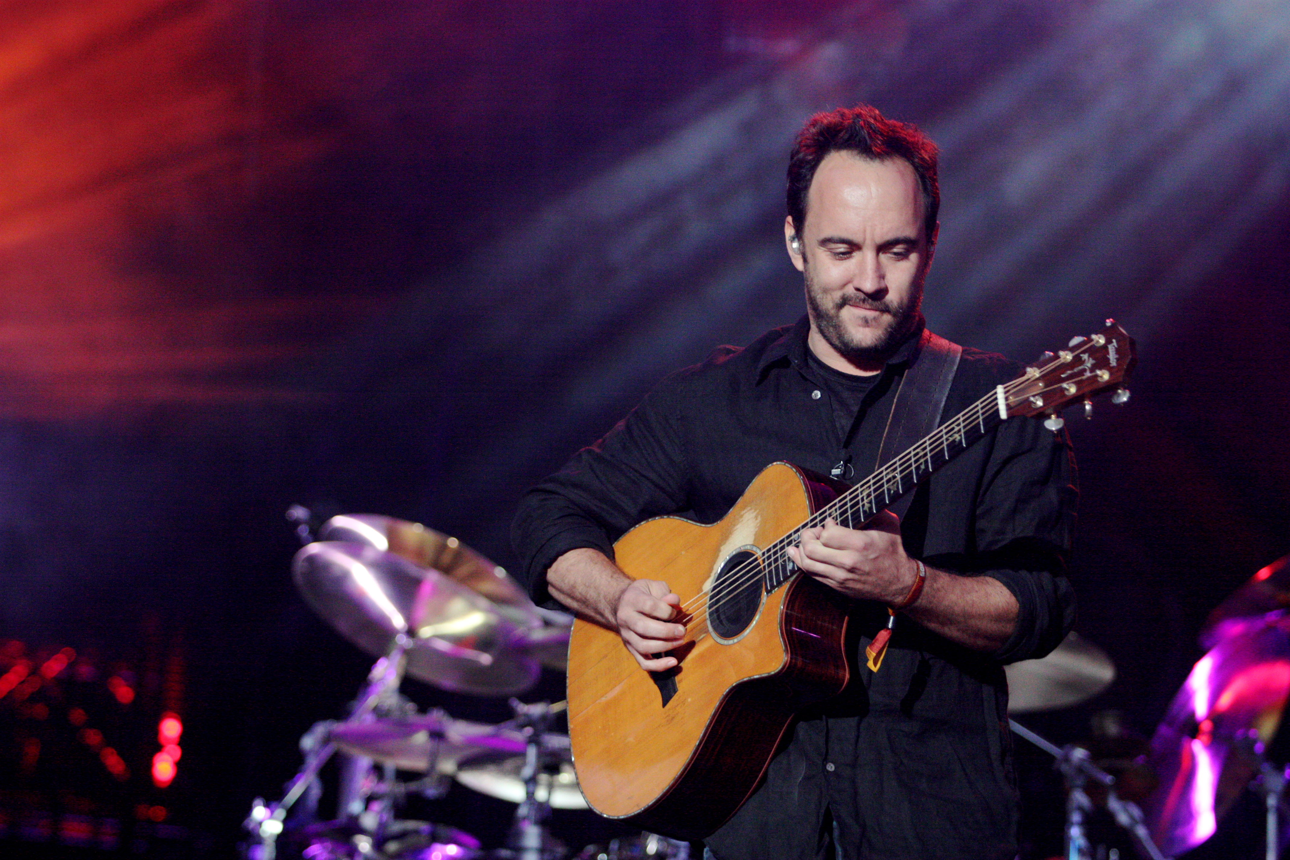 dave-matthews-band-lead-singer-dave-matthews-talking-about-south-africa