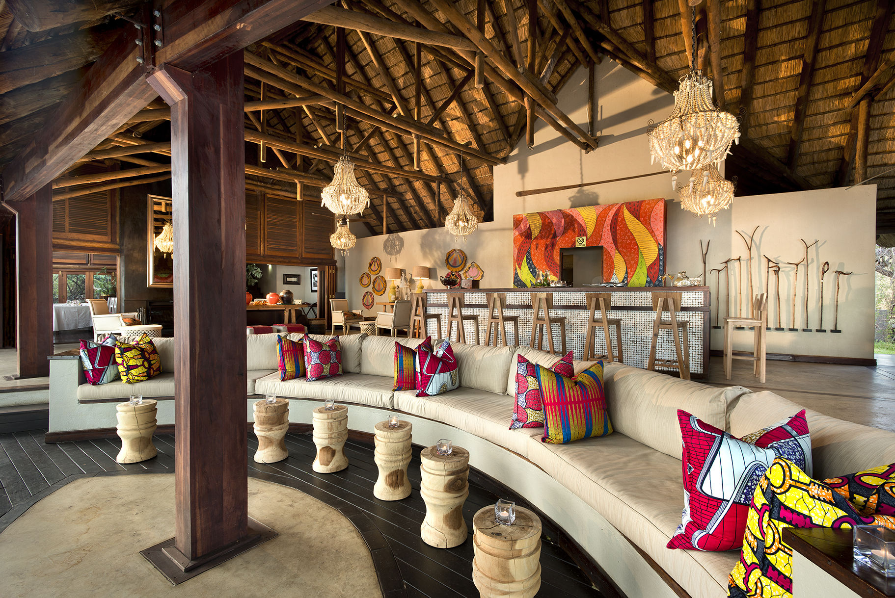 Royal Chundu Bar im Safari Design