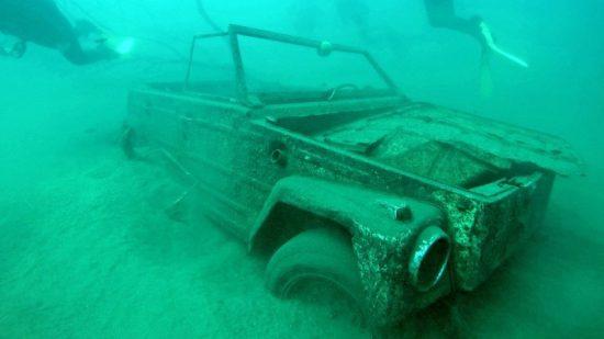 Plongée dans le lac Malawi à la découverte des épaves.