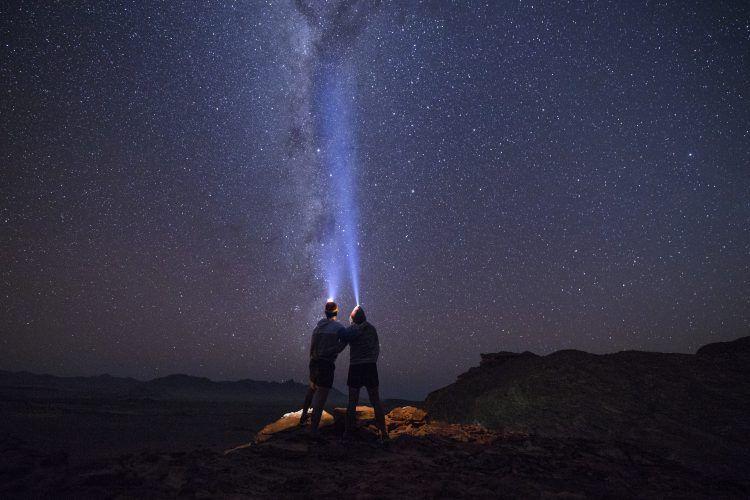 Admirer les étoiles du Kalahari