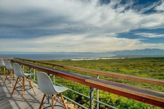 Die Aussicht der Grootbos Forest Lodge reicht bis zum Kap der Guten Hoffnung.