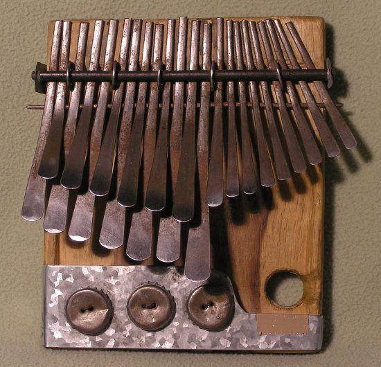 Mbira é um instrumento musical popular no Zimbábue