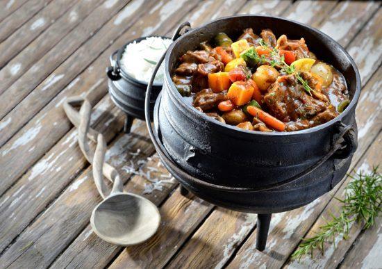 Potjiekos, prato da culinária da África do Sul