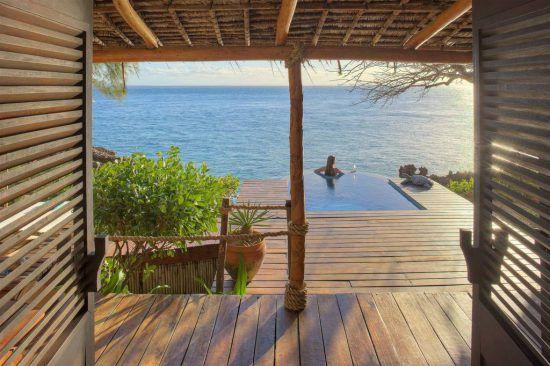 Aussicht von der Terrasse des Azura Quilalea