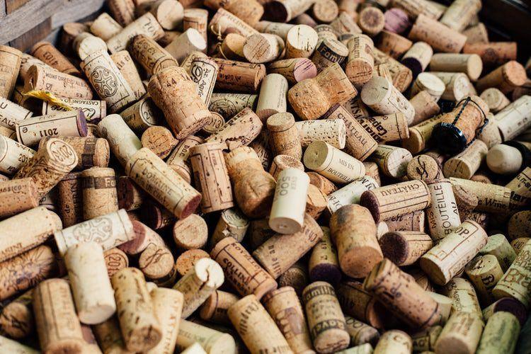 Revisa el corcho a la hora de catar vino