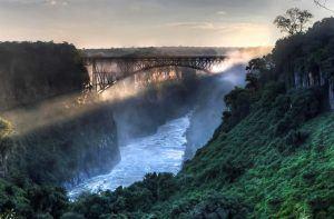 Victoria Falls Bridge, à proximité des Chutes Victoria