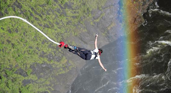 Bungee jump — aventura em Victoria Falls