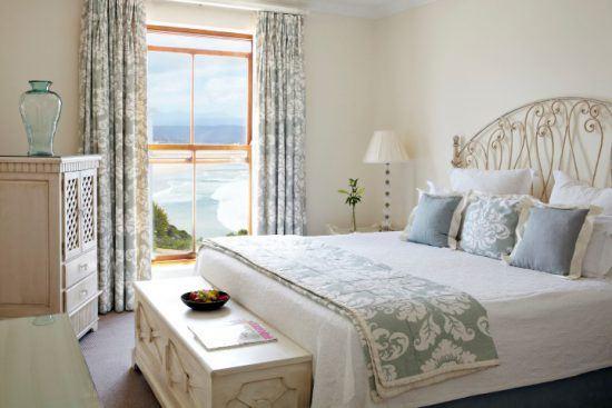 Helles, charmant eingerichtetes Zimmer mit Meerblick im Hotel The Plettenberg an der Garden Route
