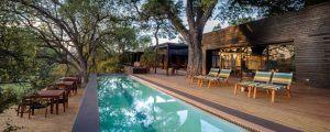 La terrasse du Silvan Safari, propriété de Rhino Africa, meilleure agence de safari.
