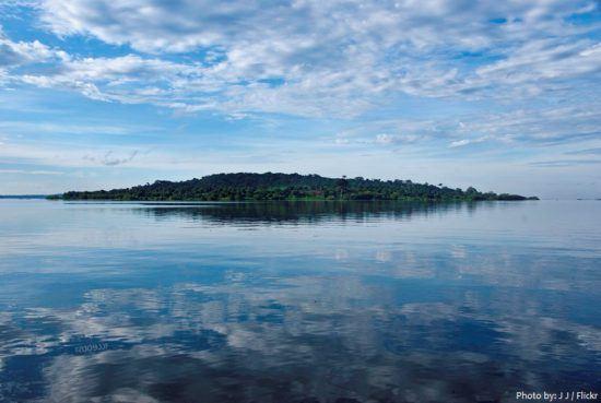 Le lac Victoria est le plus grand des lacs en Afrique.