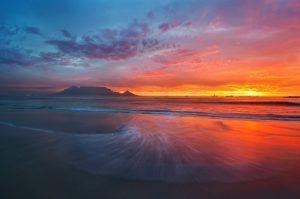 Coucher de soleil sur la Montagne de la Table, Le Cap, Afrique du Sud