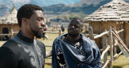 "Chadwick Boseman und Daniel Kaluuya aus dem Film ""Black Panther"""