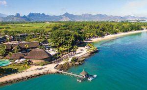Vue aérienne du Maritim Hotel Mauritius, hébergement parfait pour combiner safari et plage