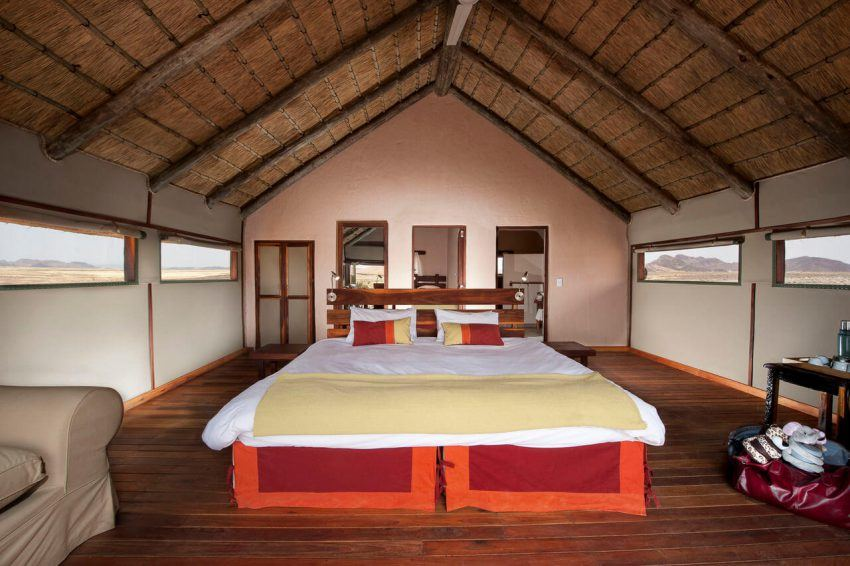 Rustikaler Komfort in der Kulala Desert Lodge