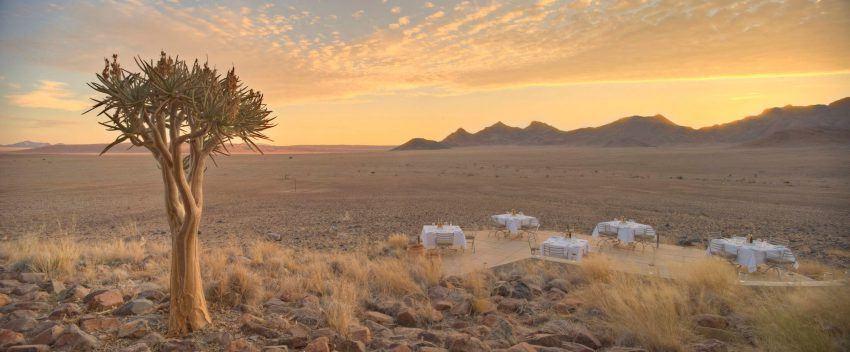 Seichtes Licht und Abendstimmung in der &Beyond Sossusvlei Desert Lodge